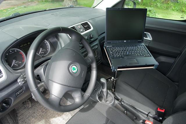 DIY laptop car mount  ready to go  Doityourself car