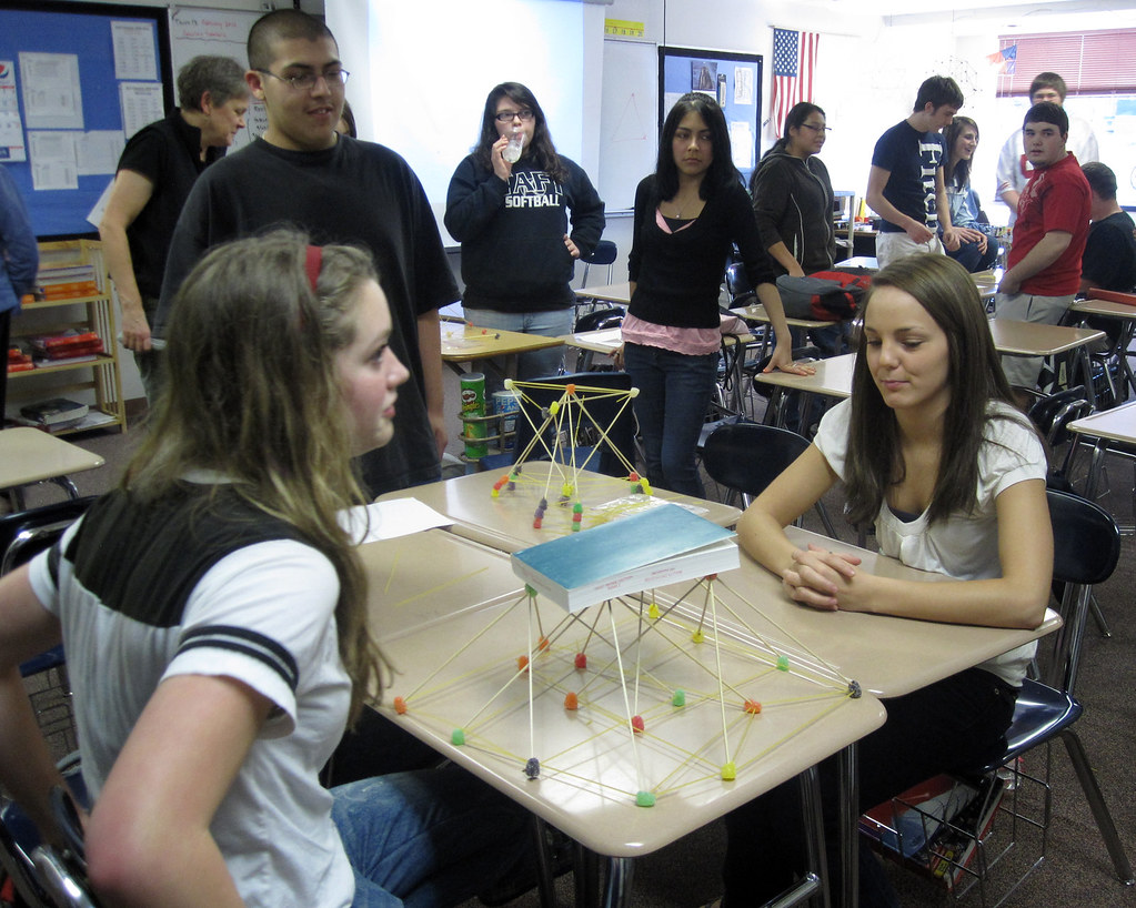 Engineering Challenge Taft High  Students at Lincoln