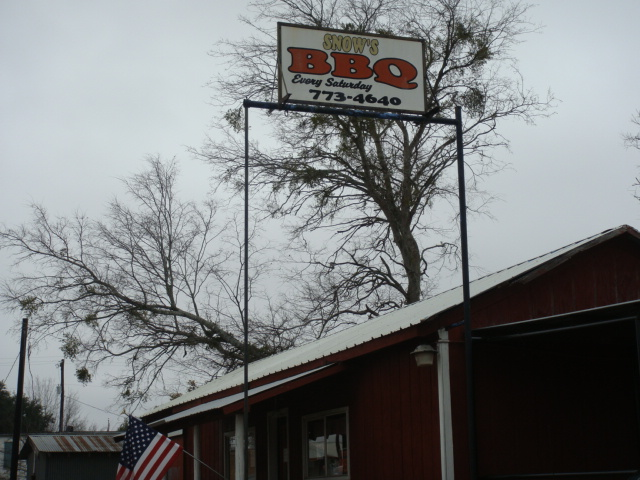 Snows BBQ Lexington TX  Rated 1 by Texas Monthly about