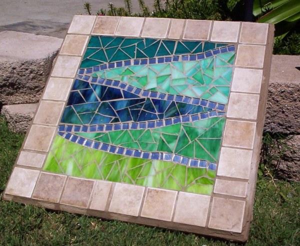 Mosaic Garden Paver Bad Small
