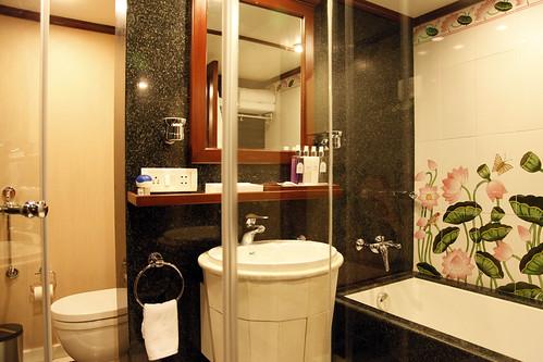 Maharajas Express Luxury Train India  Suite bathroom  Flickr