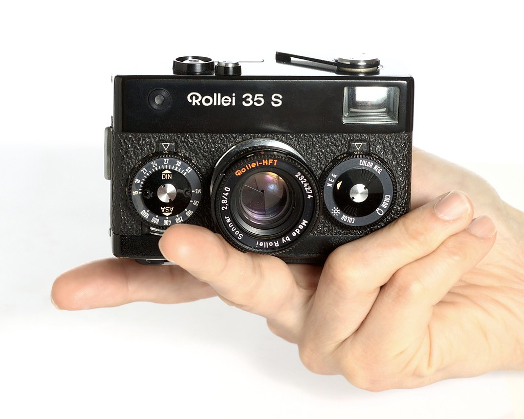 Rollei 35 S  The Rollei 35 S 35mm pocket camera from