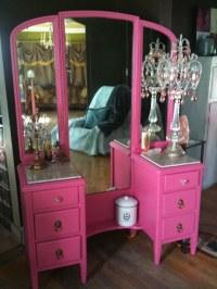 New pink dressing table | I tweaked my display!!!! I ...