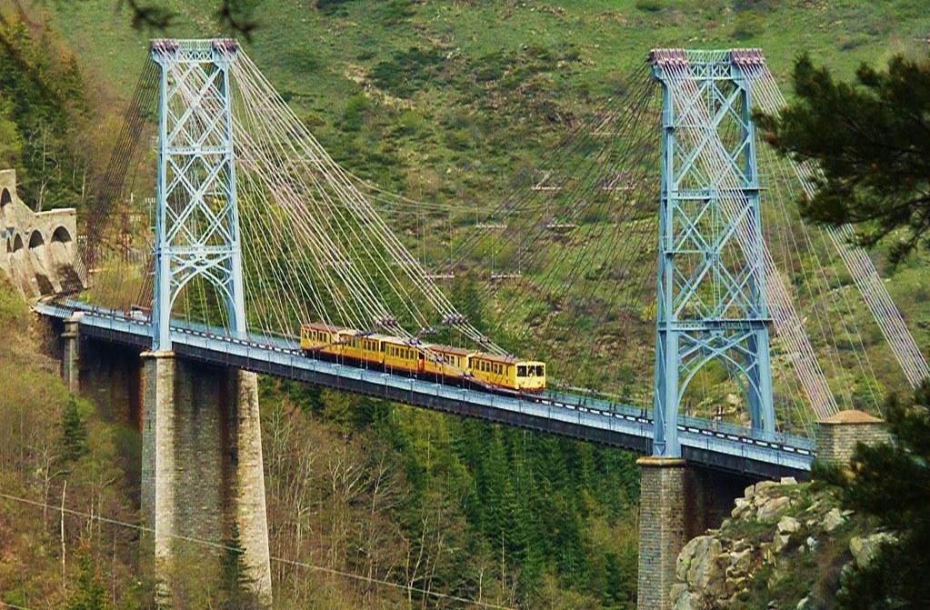 Train Jaune Viaduc Gisclard Www Flickr Com Groups Haut