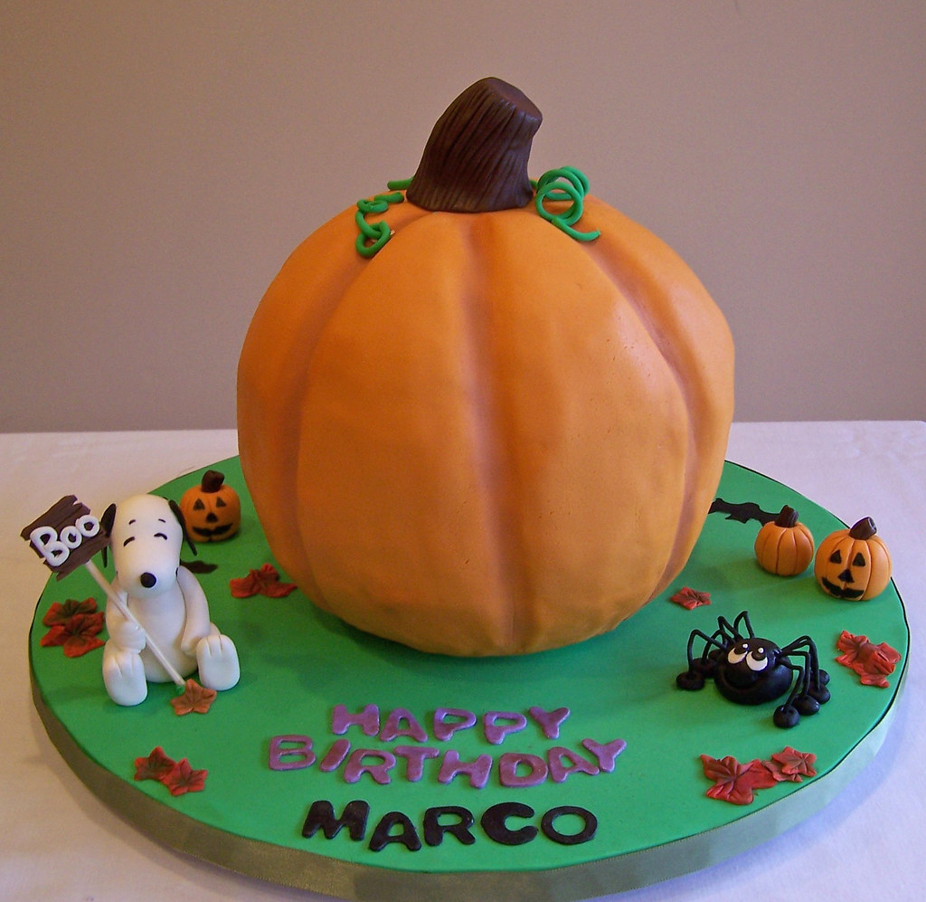 Pumpkin Halloween Snoopy Birthday Cake