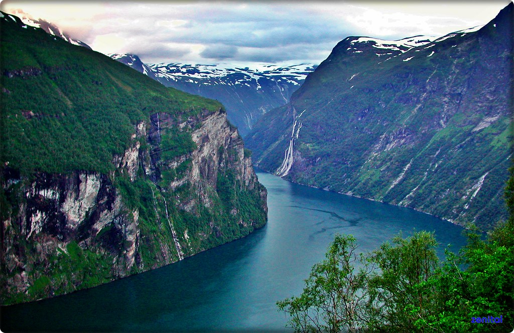 Rama 3d Wallpaper Noruega Fiordo De Geiranger El Fiordo De Geiranger O