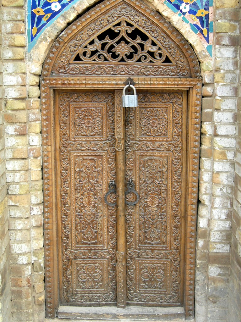Carved Wooden Doors On Old Mosque Samarkand Carved