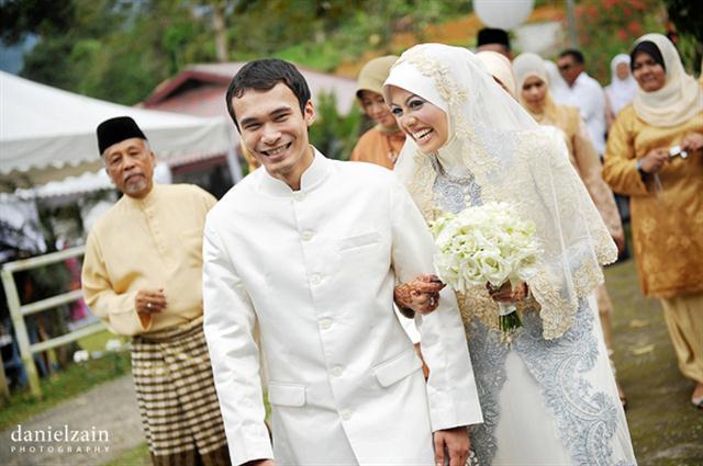 Perkahwinan anak lelaki Anwar Ibrahim  wwwomaQorg