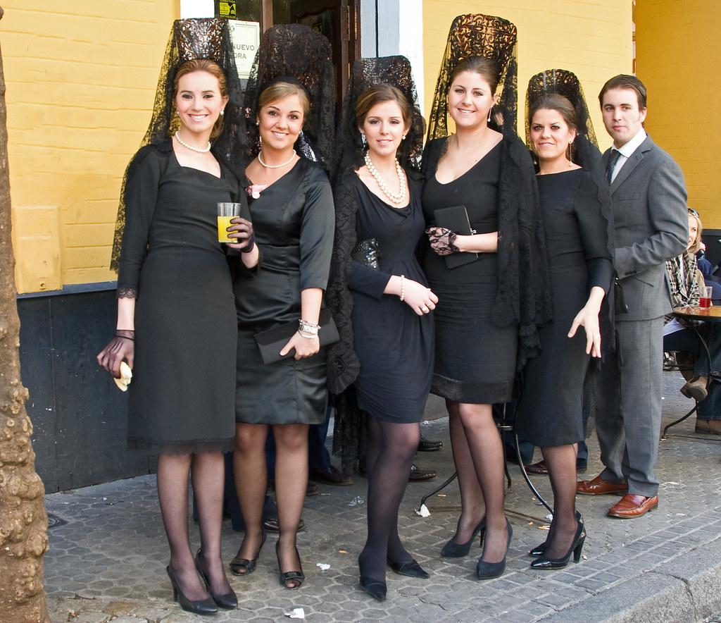 Semana Santa Sevilla The Traditional Suit Worn By Women