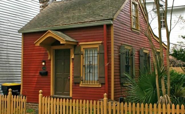 Tiny House The Smallest House In Charleston S Carolina