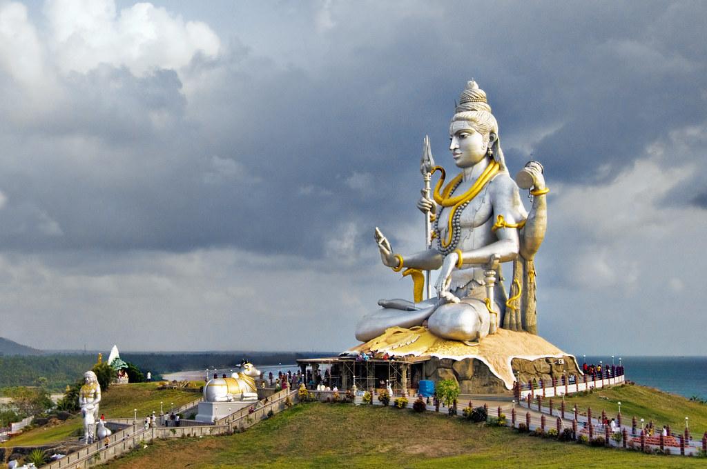 Jog Falls Hd Wallpaper A Beatific Shiva At Murudeshwar Shiva Sits In A