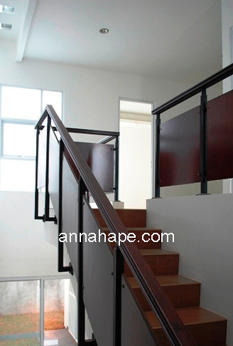 Panduan Praktis Desain Tangga Rumah dengan Pencahayaan Ala