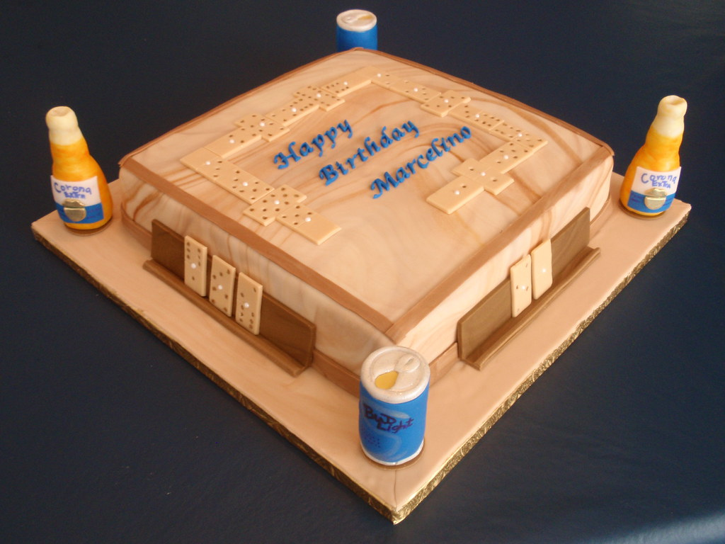 Dominos Cake  Beers  This cake represent the top of a