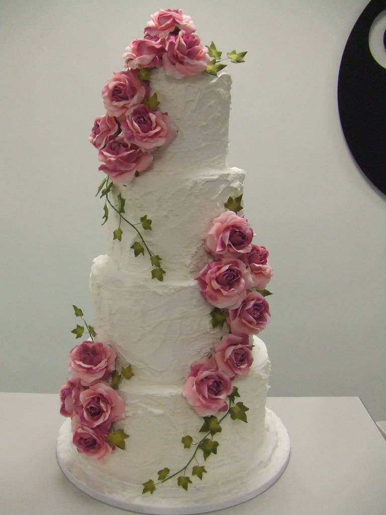 CAKE  vintage rose wedding  by jules for the CONFETTI WEDD  Flickr