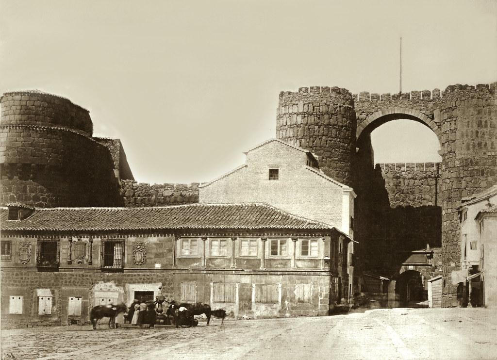 vila Puerta del Alcazar en la muralla Alhndiga  Flickr