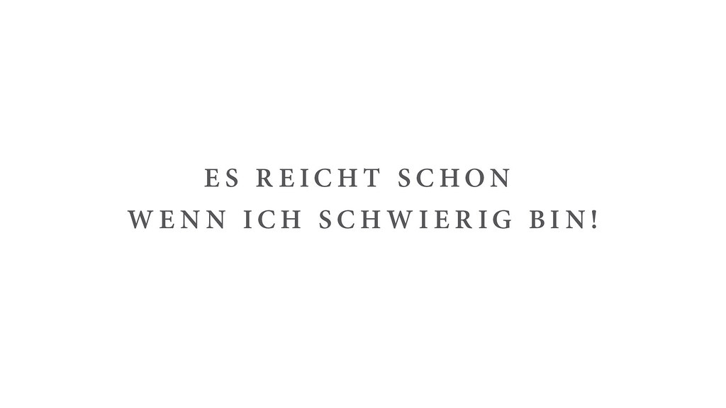 TShirt Sprche als Schreibtischhintergrund Wallpaper in