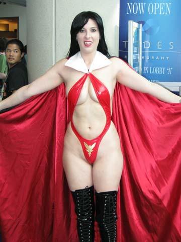 Vampirella  Vampi has admirers Get some great Vampirella