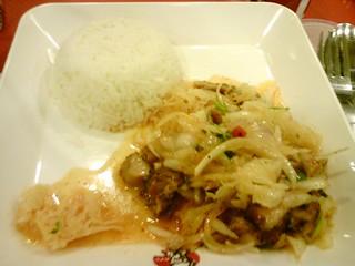 酸辣涼拌雞飯套餐DSC01437 | 泰國肯德基的酸辣涼拌雞飯套餐 | hohobear | Flickr