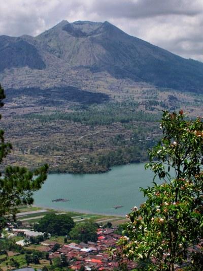 Mount Batur-Volcano-Bali-Indonesia | Mount Batur on the ...