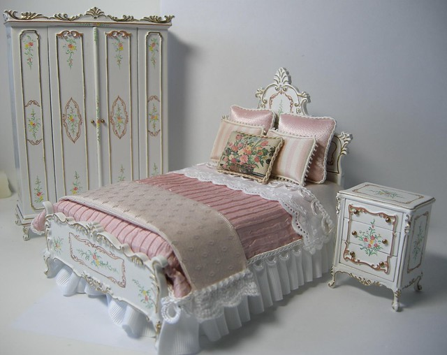 Dollhouse Miniature Bedroom Set  Flickr  Photo Sharing