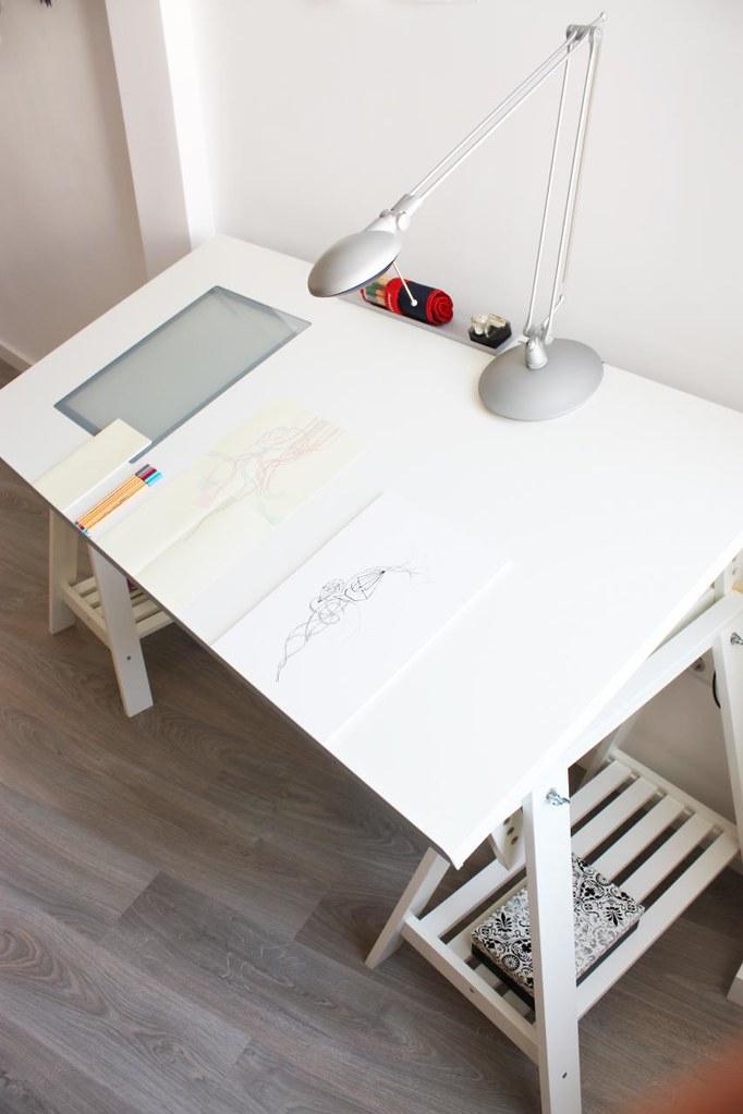 010072803 Estrenando mesa de dibujo  Por fn con tiempo