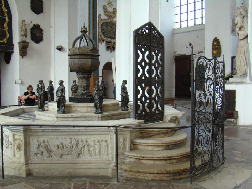 Iglesia de Santa Maria Gdansk Polonia 07