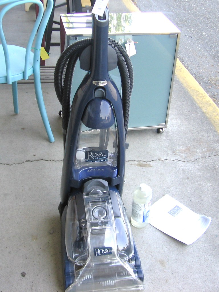 SOLD Royal Procision 7910 Carpet Extractor  Used once