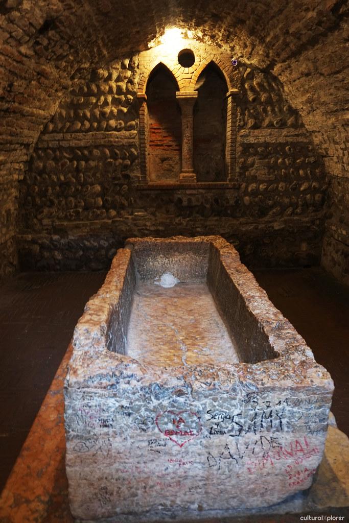 Juliet's tomb Verona