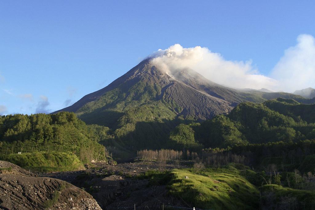Kali Adem Village  Merapi adalah nama sebuah gunung