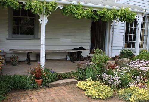 front porch of ravensworth