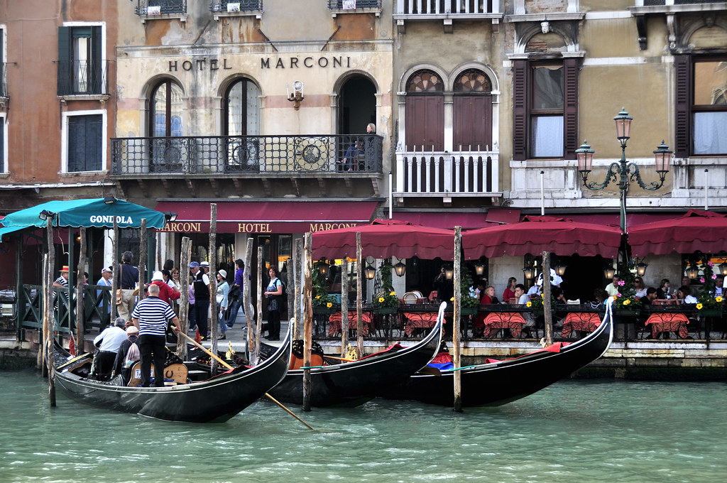Grand Canal  Rialto  Venice Italy Venezia  Creative Com  Flickr