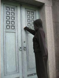 Death knocking at the door--again.   Navelgazer makes a ...