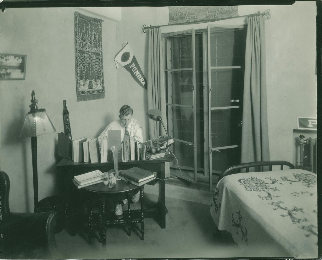 Dorm room inside Smiley Hall Pomona College  Image Title