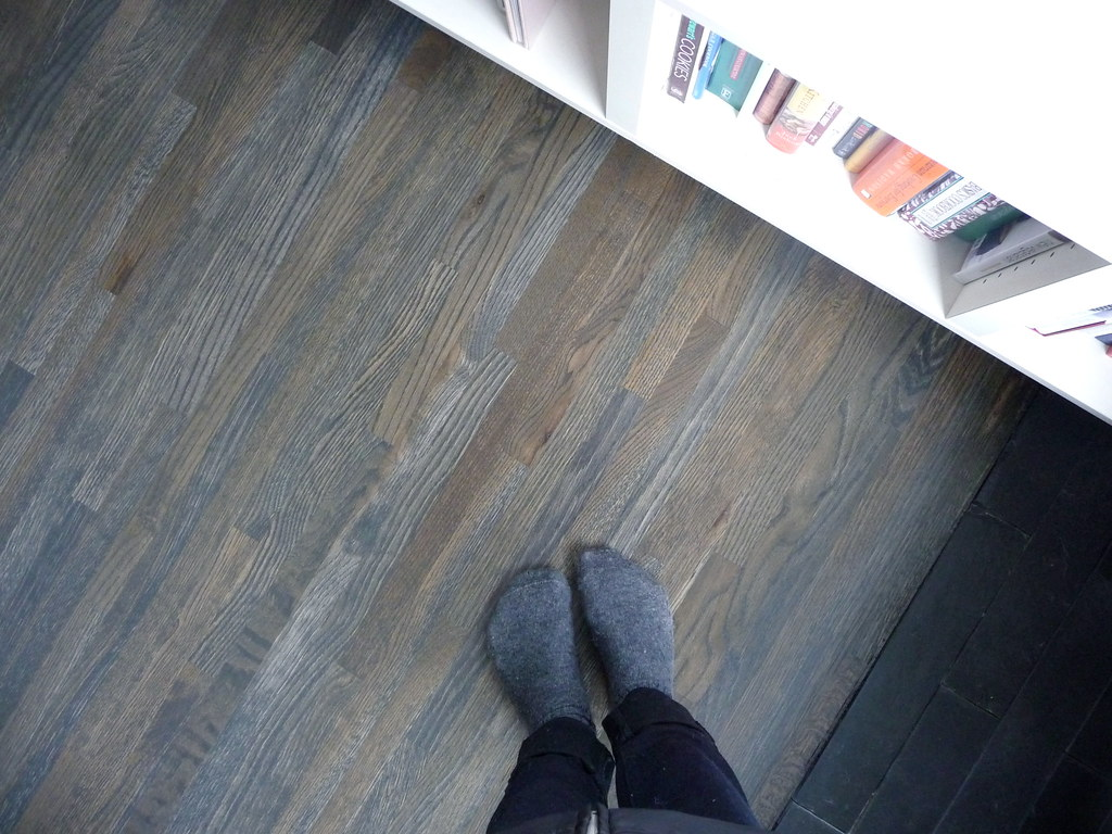 new floor stain  the floors are almost done I really