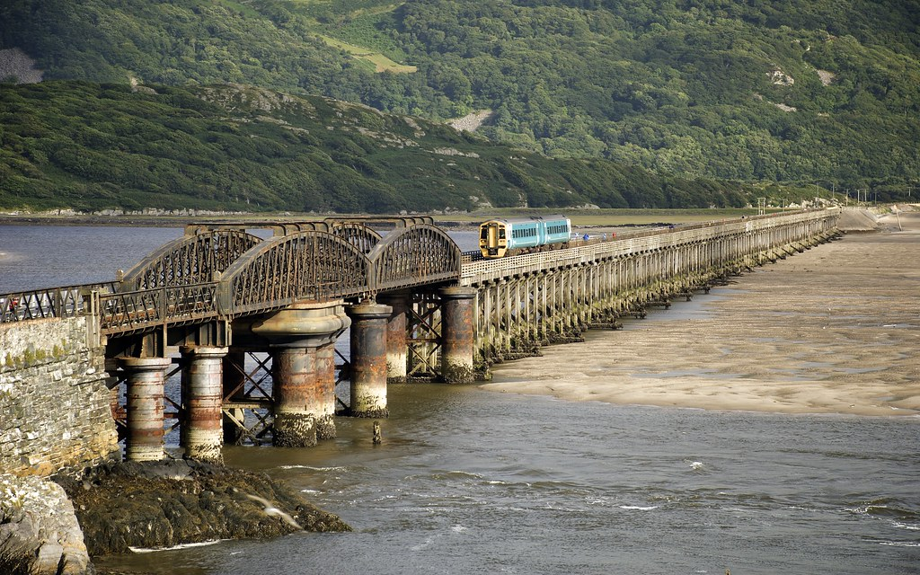 Daily New Hd Wallpaper Barmouth Bridge And Train Copyright C Stuart Herbert