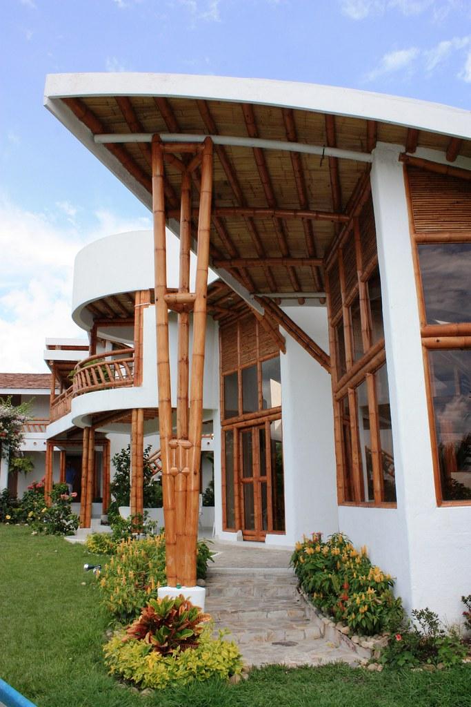 Detalles arquitectura bamb  Acceso a casa Chinauta Pisos   Flickr