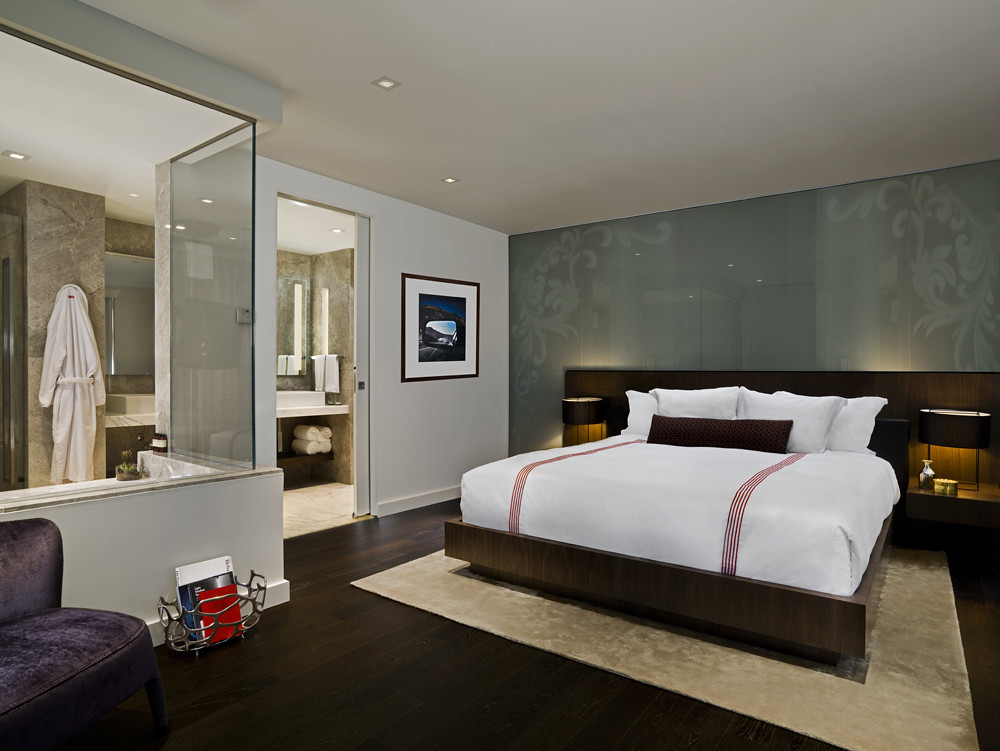 Thompson Toronto Thompson Suite Guestroom 1150 Square