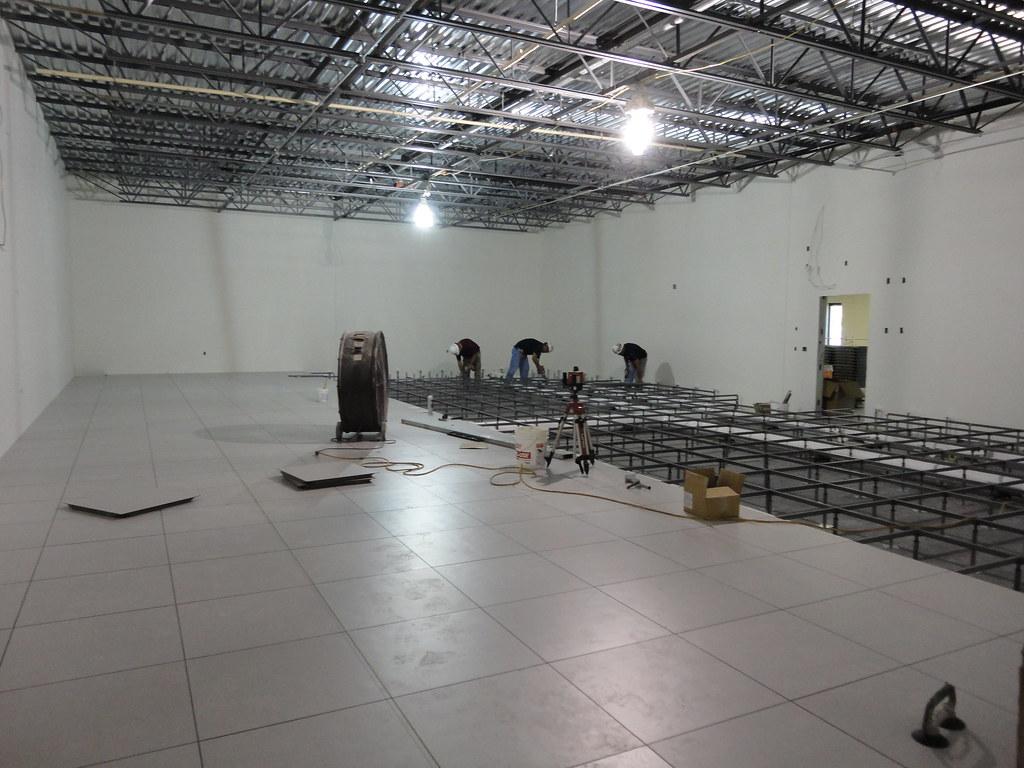Data Center Raised Floor Installation  Data Center raised