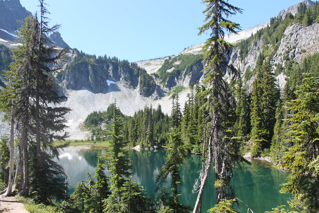 3d Wallpaper With White Background Snow Lake Mount Rainier National Park Hiked The Bench