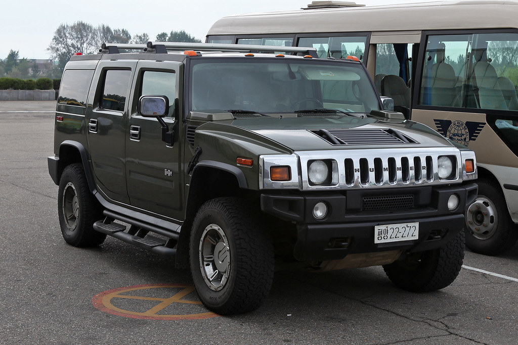 North Korea Hummer Ordinary People Cannot Own Cars