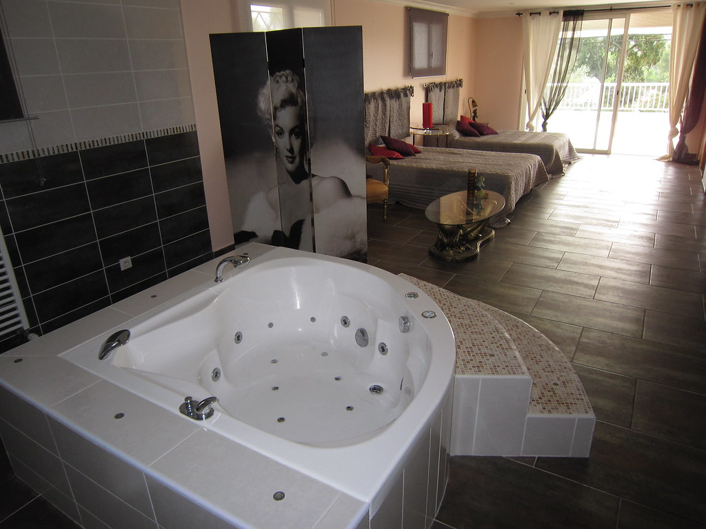 Holiday rentals Suite parentale 60m2 avec 2 lits doubles   Flickr