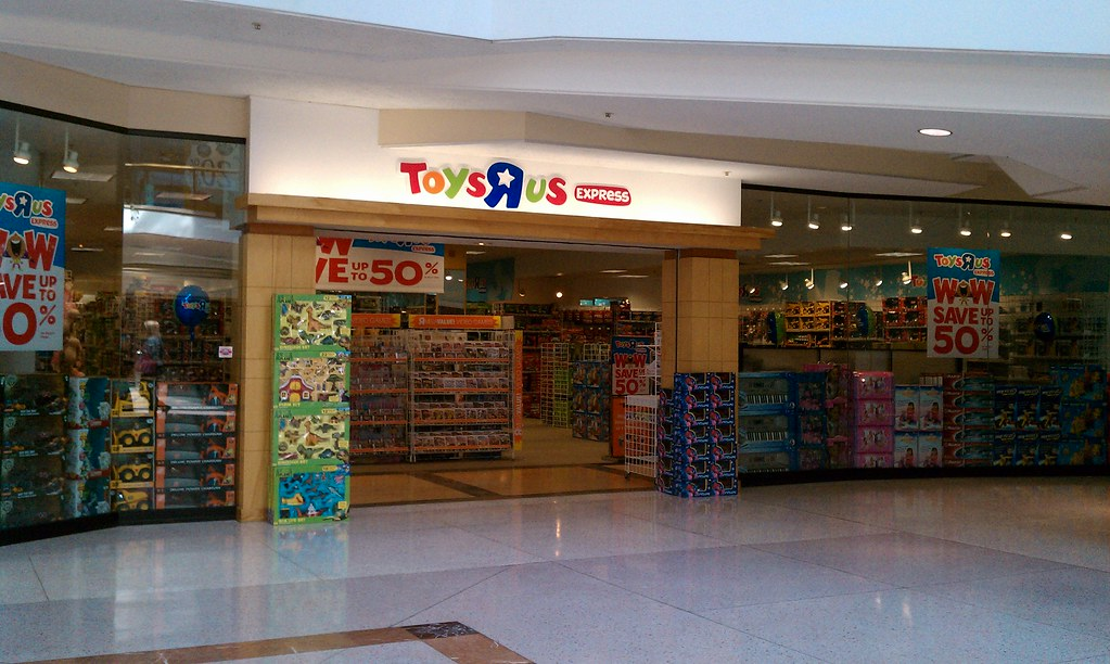 Toys R Us Express  Merle Hay Mall  Des Moines Iowa 2