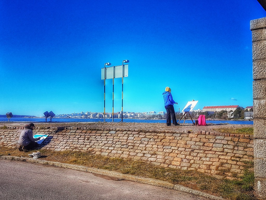 Painters at Ruoholahti - Helsinki, Finland - 12 May 2017  #helsinki #finland #suomi #nordic #baltic #myhelsinki #may2017 #lifeinhelsinki #snapseed #summer2017 #artist #artists #painting #painterslife #painters #easels #may12 #12may2017 #12may #bluesky #friday #fridayafternoon