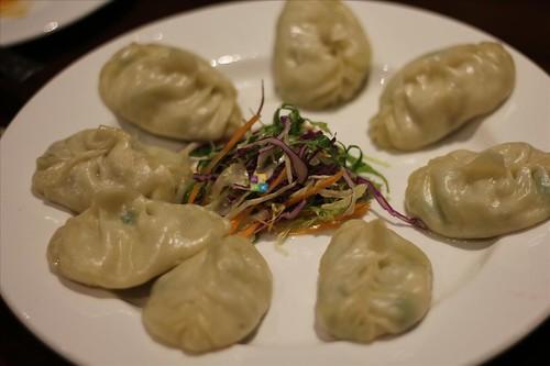 yeti himalayan kitchen hauz khas village nepali bhutanese tibetan hungrynomads