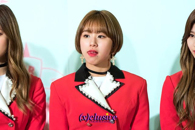 twice-chaeyoung-sgxclusive-2