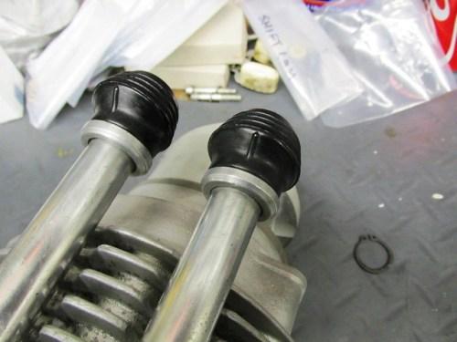 Push Rod Tube Rubber Orientation on Push Rod Tubes