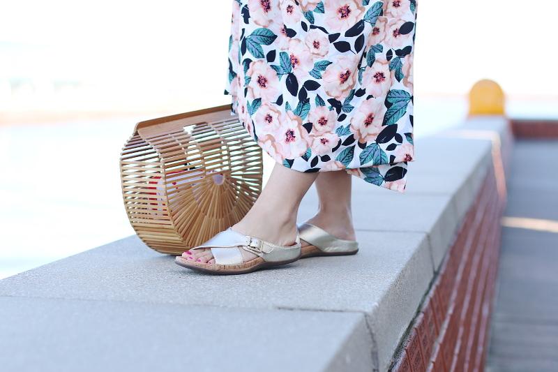 cult-gaia-ark-bag-wood-strive-metallic-sandals-2