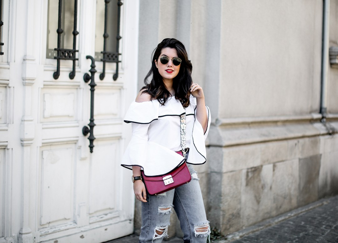 top-hombros-al-aire-volantes-zara-jeans-slingback-chanel-myblueberrynightsblog19