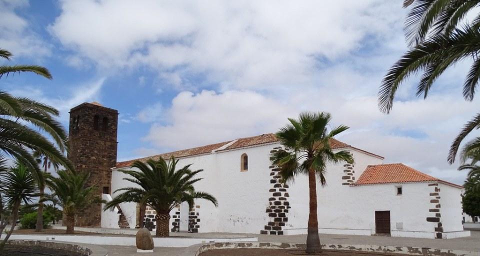 La Oliva Iglesia de Nuestra Señora de la Candelaria isla de Fuerteventura 03