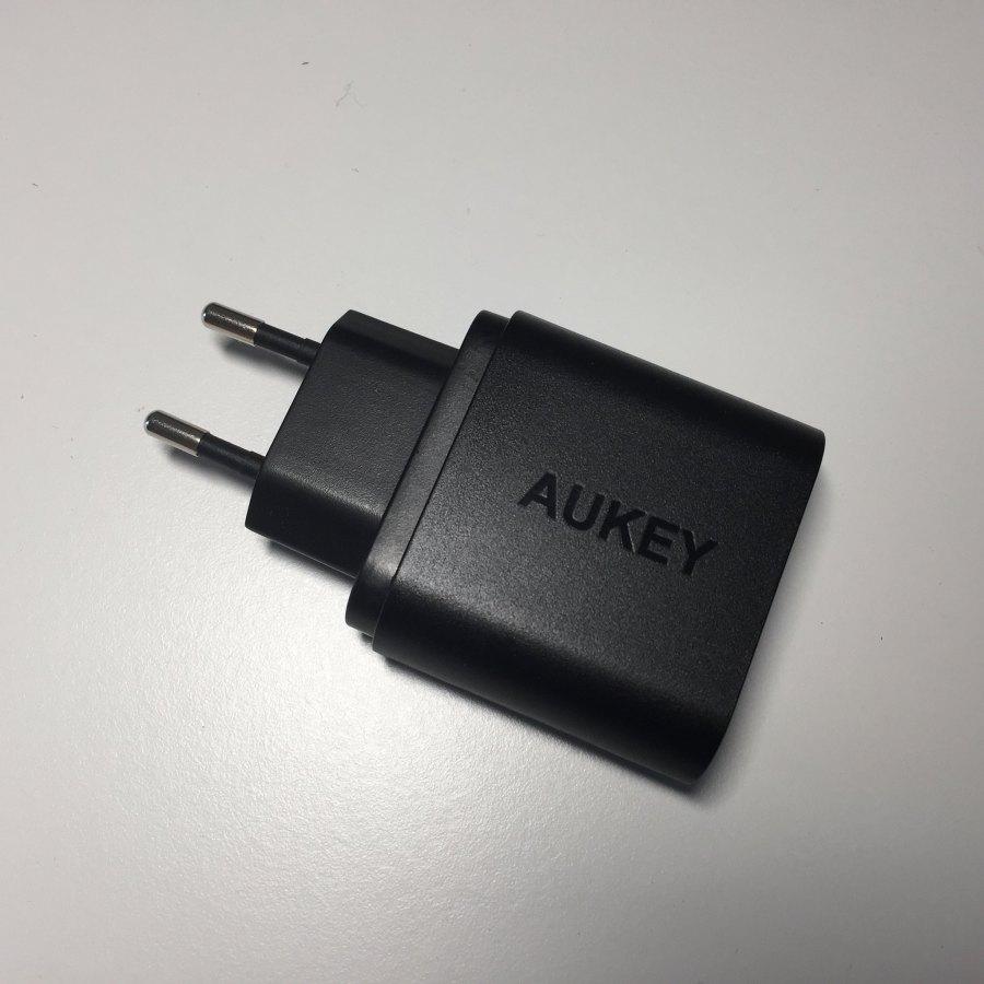 Test du chargeur AUKEY 1 port USB Quick Charge 3.0 (PA-T9) 2
